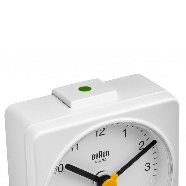 Braun BNC 002 despertador de viaje       blanco