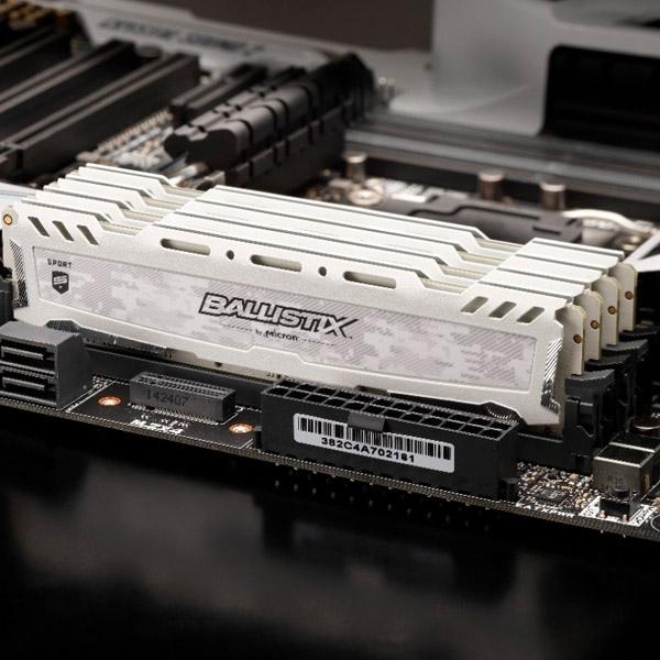 Crucial Ballistix Sport LT DDR4 3000MHz 16GB blanco - RAM