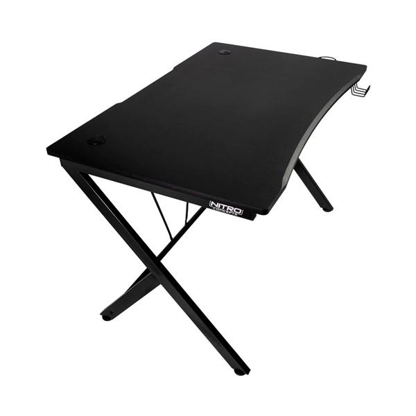 Nitro Concepts D12 negra  mesa