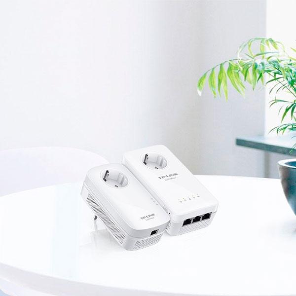TPLINK TLWPA8630P KIT AV1300 LAN WIFI AC con enchufe  PLC